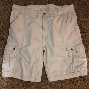 Levi's cargo khaki shorts 40